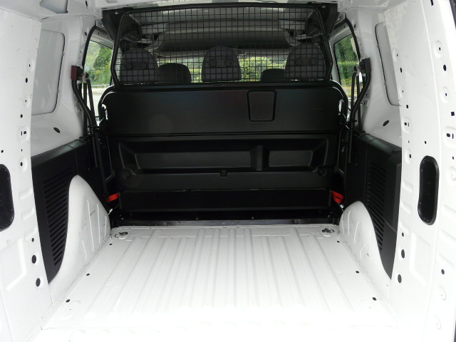 BERLINGO1.6HDI90CV5PLACES 009