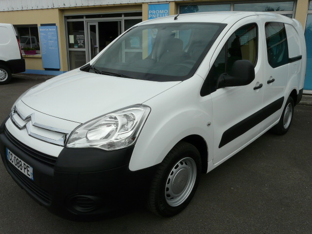 BERLINGO1.6HDI90CV5PLACES 016